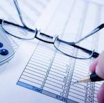 Не смотря на то, что страховой полис является обязательным условием для регистрации адвоката в реестре, что предусмотрено ст.12 Закона № 247/2012, Министерство юстиции до сих пор так и не опубликовало специальный указ о минимальных пределах страховой суммы