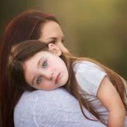 Мать-опекун не совершает преступление, если не водит ребенка на свидания с агрессивным отцом
